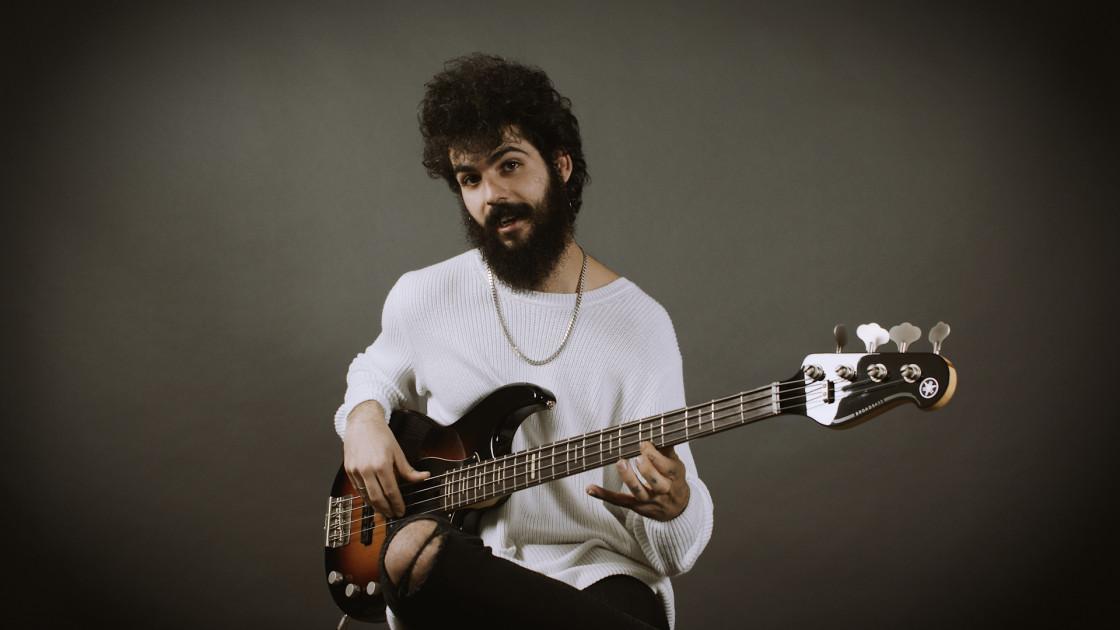 Ejercicios - #26: Fingerstyle Groove con swing en Gm
